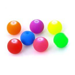 103 stycken pärlor i fina färger