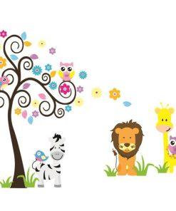 Väggdekor för barn med lejon, zebra, giraff och träd