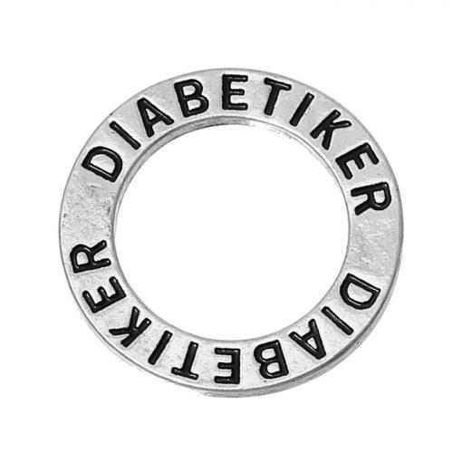 Budskapsring berlock i silver med texten diabetiker