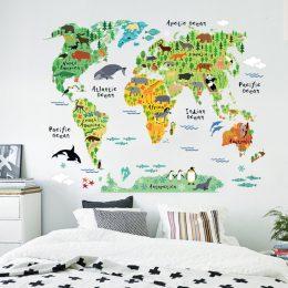 Världskarta med djur