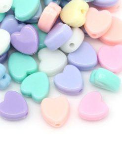 Hjärtformade pärlor 100 st - blandade färger